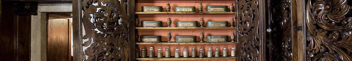 antica farmacia dei monaci camaldolesi